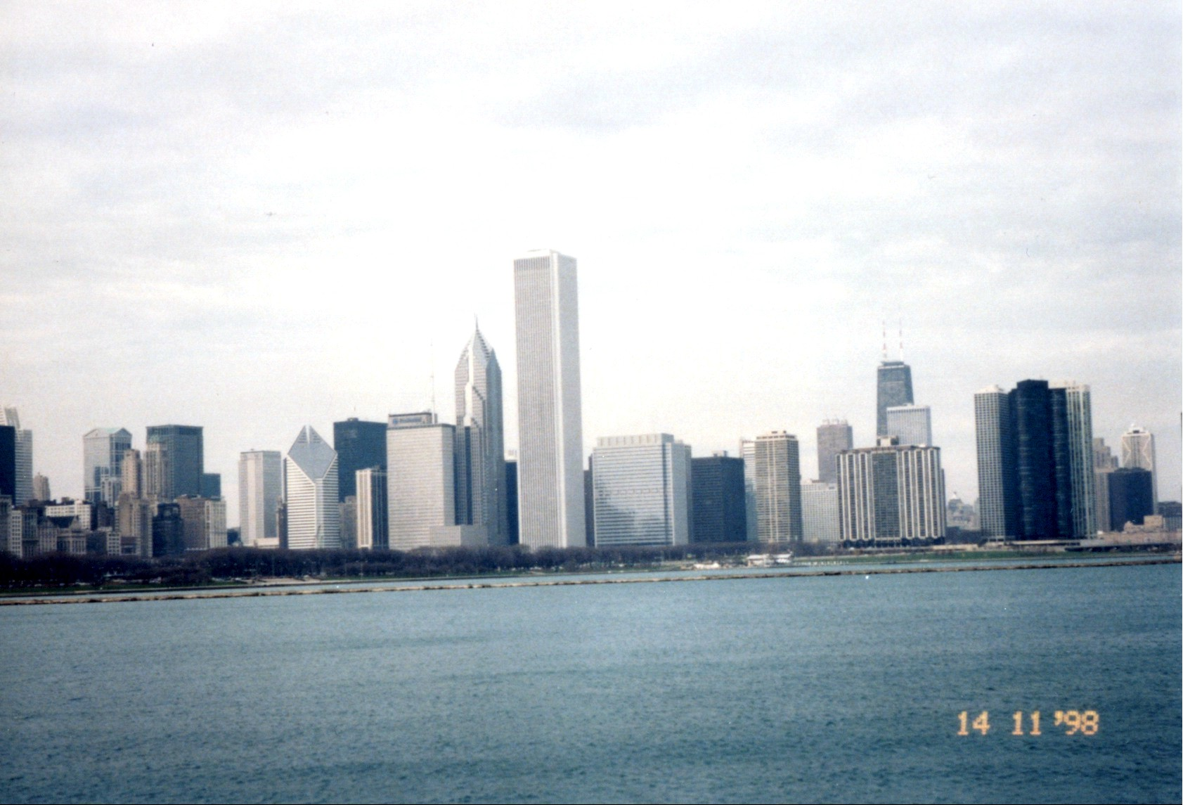 CHICAGODOWNTOWN.jpg